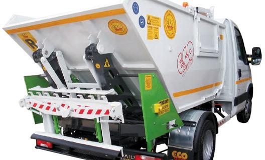 veicolo raccolta rifiuti