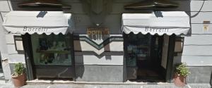 Rapina alla gioielleria Borrelli. Spari tra la folla
