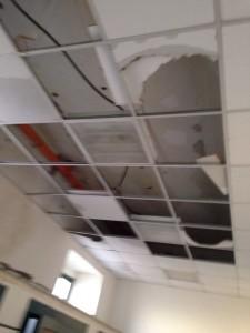 scuola mazzini crollo bagni