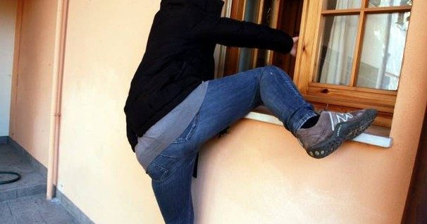 furto in casa appartamento